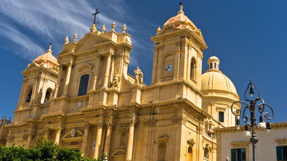kathedrale san nicolo noto unesco sizilien guide sizilianische städte barock