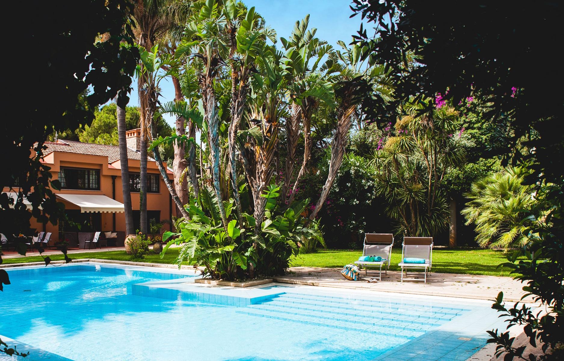 mondello palermo sizilien ferien information villa ferienhaus garten pool