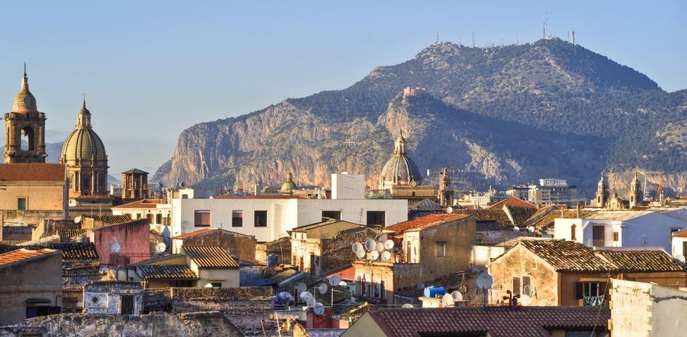 sizilien ferien guide sizilianische städte palermo altstadt ferienwohnung panorama
