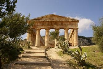 Balestrate information villa ferienhaus sizilien ferien segesta tempel sehenswürdigkeiten