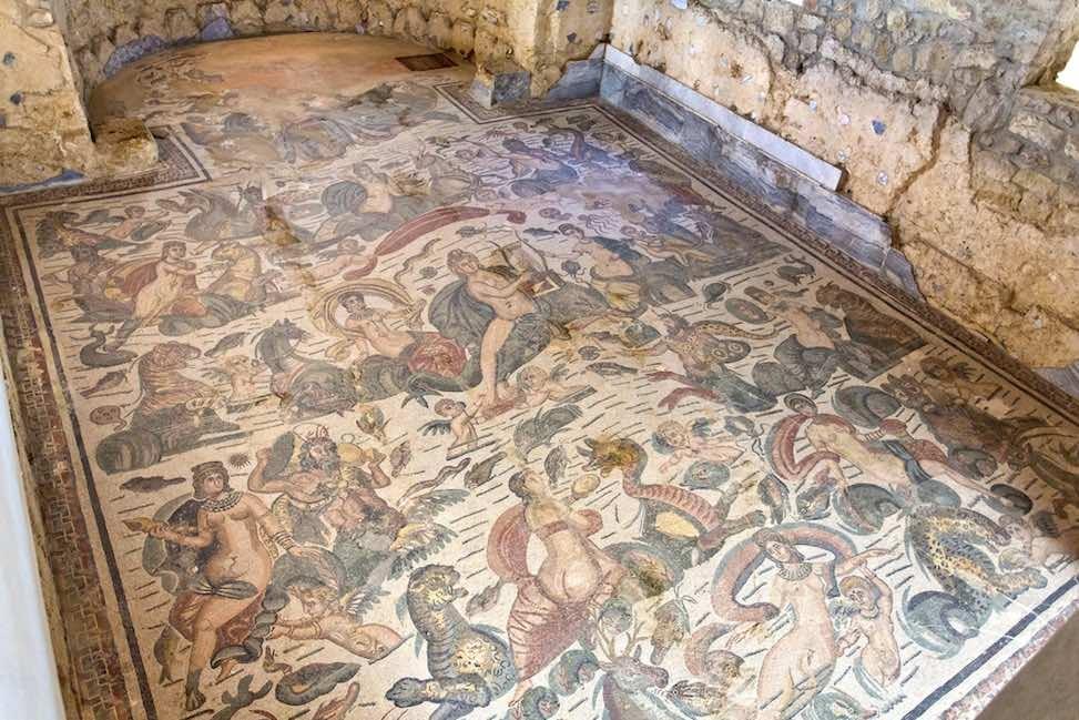 enna villa romana del casale mosaik sizilien guide sizilianische städte römische kultur