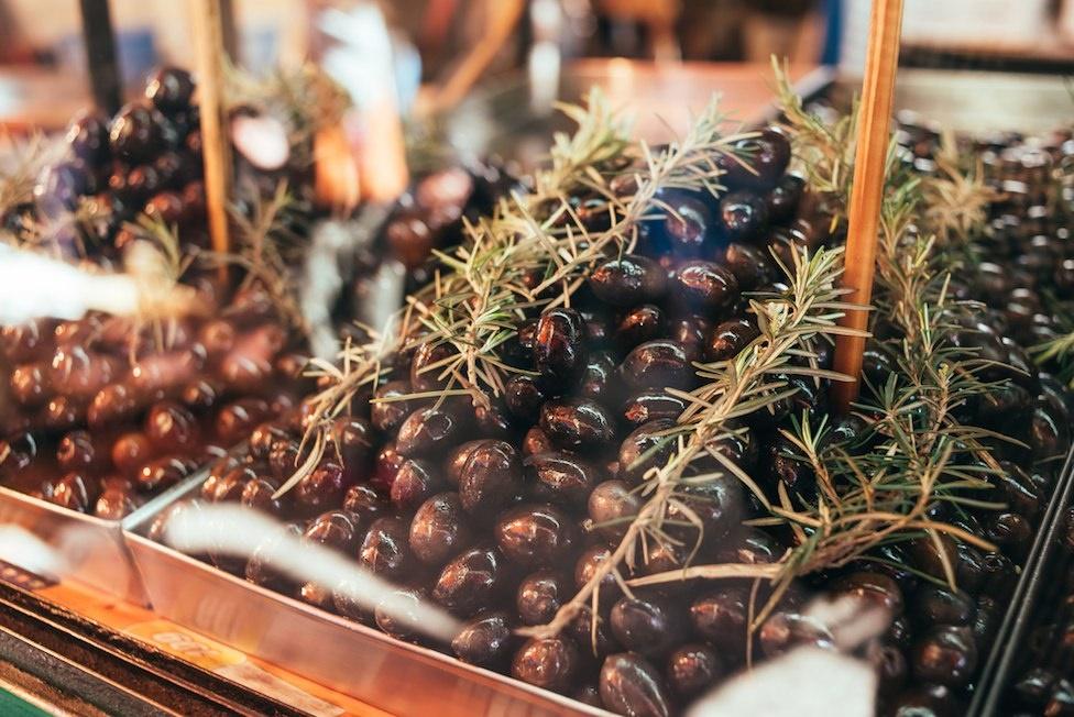 oliven sizilien essen trinken typisch guide tradition