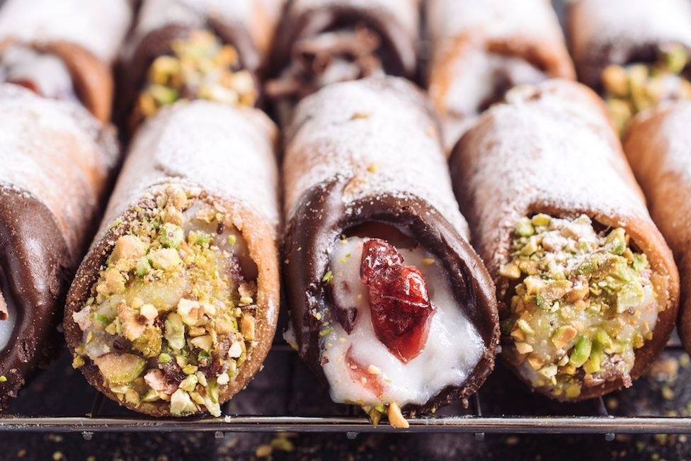 cannoli sizilien guide essen trinken tradition typisch sizilianische küche ricotta