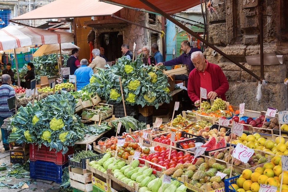 palermo sizilien ferien guide markt ballaro altstadt einkaufen essen trinken typisch tradition