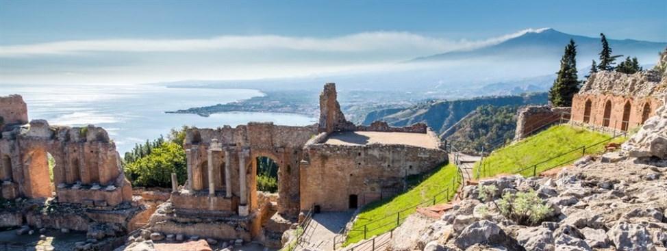 toarmina sizilien ferien guide amphietheater griechisch etna meer sizilianische städte