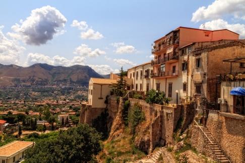 palermo monreale panorama sizilien ferien guide sizilianische städte sehenswürdigkeiten altstadt ferienwohnung